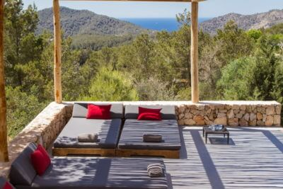 Luxury villa rental with Ibiza Wiz